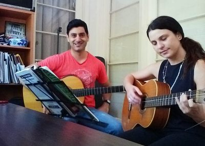 mike-rizk-and-steph-guitar-lesson