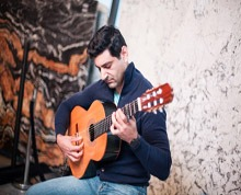 Spanish Guitarist Sydney | Mike Rizk